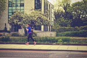 運動をして食欲を抑える
